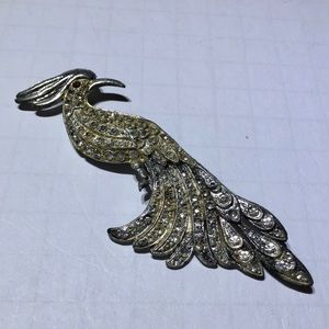 Vintage silver Peacock rhinestone brooch pin